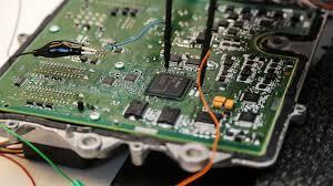 ECU: Simptomi kvara Upravljačke Jedinica Motora ( Kompjutera )