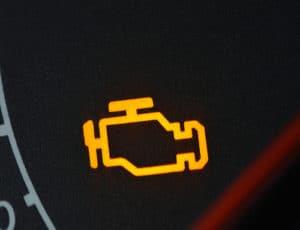 CHECK ENGINE: Šta Znači Lampica Upozorenja? Kako je Resetovati?